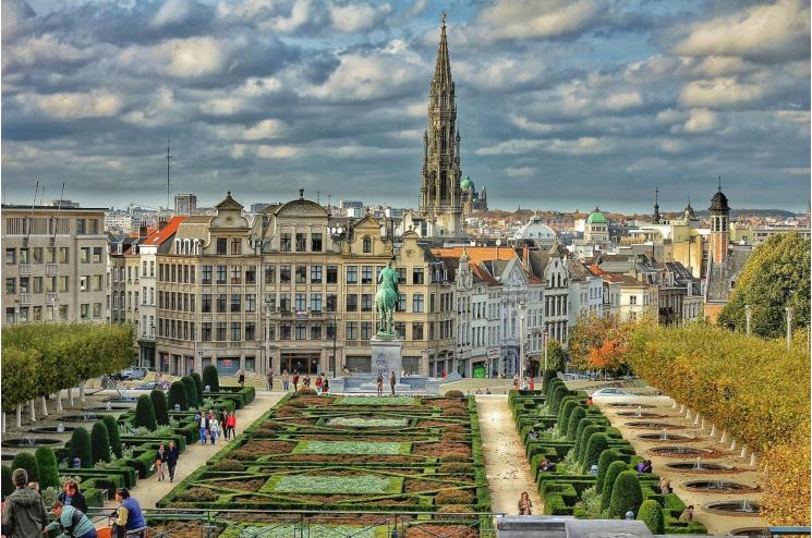 比利时首都布鲁塞尔写字楼(毗邻皇宫、欧盟办公地)1580万欧元出售[项目编号:BEL111]