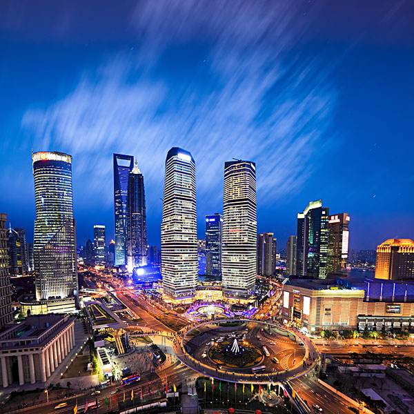 上海市陆家嘴金融贸易区某甲级写字楼25亿转让