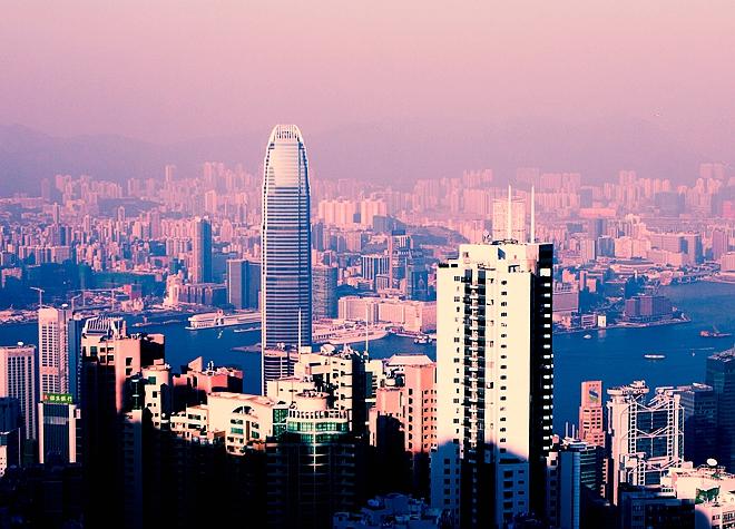江苏省南京市某开发区核心位置4.7万平方米A、B楼5800万股权转让(需全部自持)