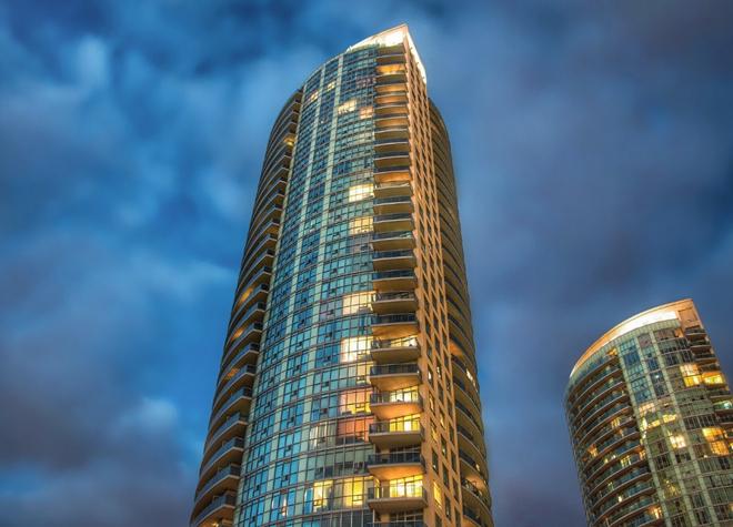 上海市普陀区某五星级酒店6折股权转让9.5亿[ 资产编号:ZC648]
