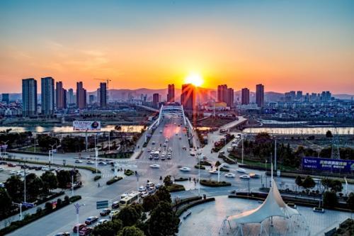 安徽省滁州市凤阳县130亩商住地块6500万元整体股权转让(优质专业市场)