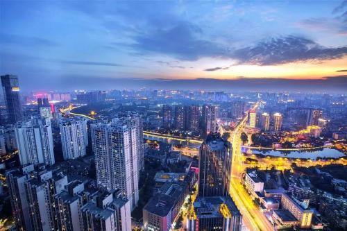 四川省成都市某国际甲级写字楼8.8亿整体出售[ 资产编号:ZC720]