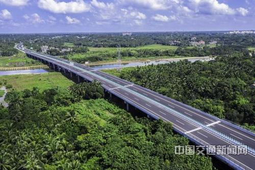 四川省某地至成都段高速公路BOT项目[项目编号:PPPXM70]