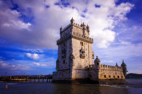 葡萄牙里斯本上城区爱德雅国际公寓460万欧元出售[项目编号:PRT190]