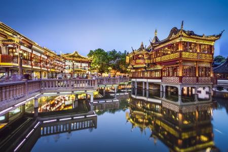 上海市豫园商城内某商厦1万平米商铺3.7亿整体出售(增送3000平米)[项目编号:ZC861]
