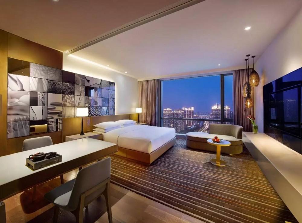 上海市嘉定某新建五星级酒店11.22亿整体出售(评估价22.6亿元)[项目编号:ZC864]